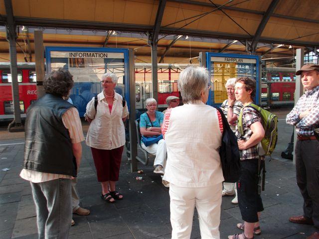 Mit Bus und Bahn nach Düsseldorf